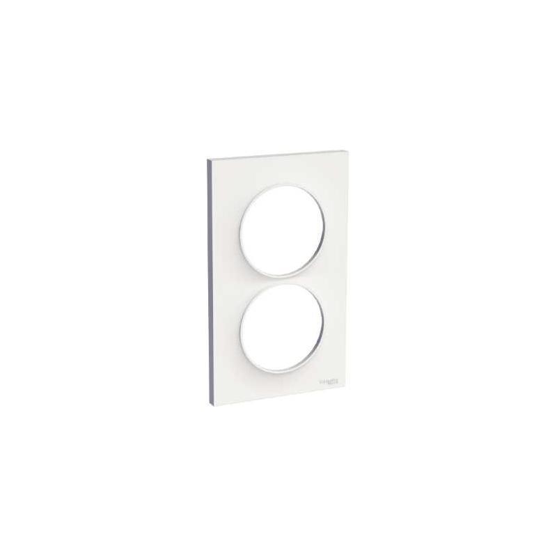 plaque de finition blanc 2 postes vertical odace schneider. Black Bedroom Furniture Sets. Home Design Ideas